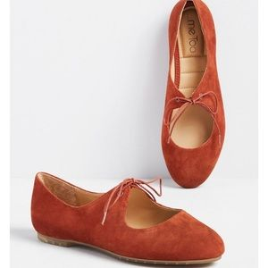 ISO ModCloth Prim Perspective Flat Size 8 ME TOO